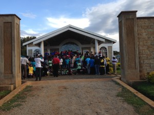 Group picture of team with the Kakamega and Eldoret churches.